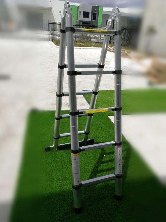 Foldable-ladder